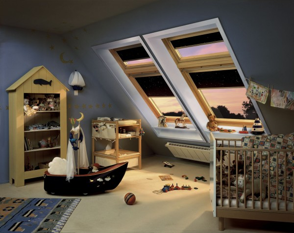 rollos von velux f rs kinderzimmer zwillingswelten. Black Bedroom Furniture Sets. Home Design Ideas